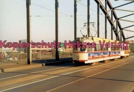 Kiel Straßenbahn - Linie 4 -Wagen Nr. 261 auf einer Brücke
