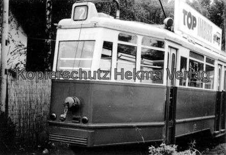 Hamburg Straßenbahn - Wagen der Linie 2 beim Schrotthändler - 1