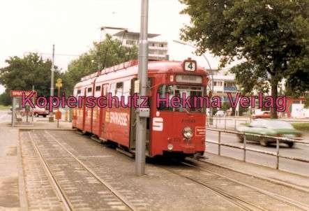 Heidelberg Straßenbahn - Haltestelle Bunsen-Gymnasium - Linie 4 - Wagen Nr. 225 - 1