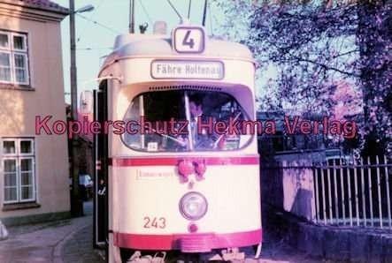 "Kiel Straßenbahn - Linie 4 - Wellingdorf Endschleife - Gasthaus ""Stadt Kiel"" - Wagen 243"