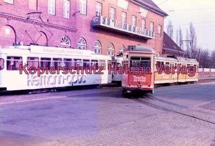 Kiel Straßenbahn - Endstation Holtenau - Linie 4 - Mehrere Wagen