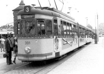Nürnberg Straßenbahn - Haltestelle Plärrer - Linie 3 Wagen Nr. 301