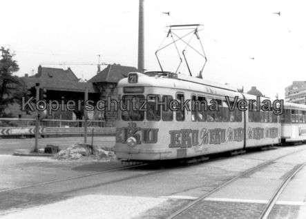 Nürnberg Straßenbahn - Haltestelle Plärrer - Linie 21 Wagen Nr. 339