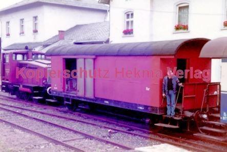 Birkenfeld (Nahe) Eisenbahn -Diesellok und Packwagen - Bild 1