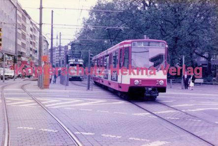 Köln Straßenbahn - Hansaring/Friesenplatz - Linie 15 Wagen Nr. 2045 - Bild 2