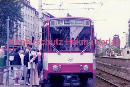 Köln Straßenbahn - Hansaring/Friesenplatz - Linie 15 Wagen Nr. 2047 - Bild 1