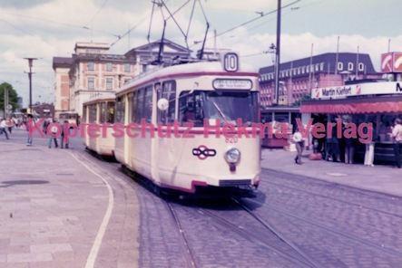 Bremen Straßenbahn - Hauptbahnhof - Linie 10 Wagen Nr. 820
