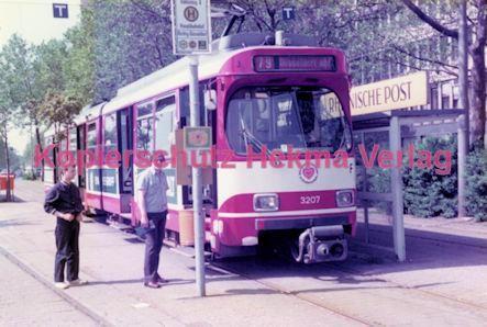 Duisburg Straßenbahn - Hauptbahnhof - Linie 79 Wagen Nr. 3207