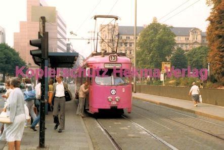 Frankfurt Straßenbahn - Theaterplatz - Linie 13 Wagen Nr. 815 - Bild 1