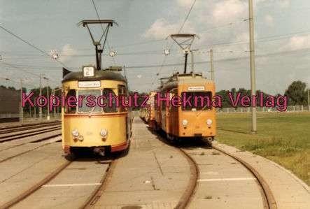Karlsruhe Straßenbahn - Depot West - Wagen Nr. 136 und Tw. Nr. 398