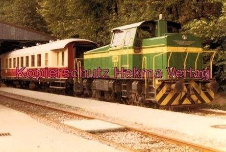 """Karlsruhe Straßenbahn - Bahnhofsfest - Bad Herrenalb - Diesellok Nr. 63 mit dem """"Barwagen"""""""