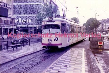 Krefeld Straßenbahn - Linie 044 Wagen Nr. 810 - Bild 2