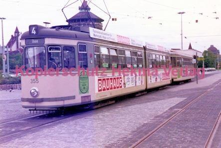 Nürnberg Straßenbahn - Haltestelle Plärrer - Linie 4 Wagen Nr. 355