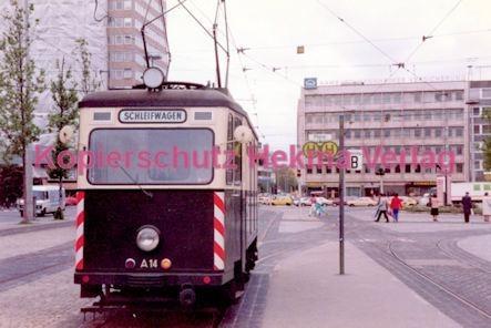 Nürnberg Straßenbahn - Haltestelle Plärrer - Schleifwagen - Bild 1