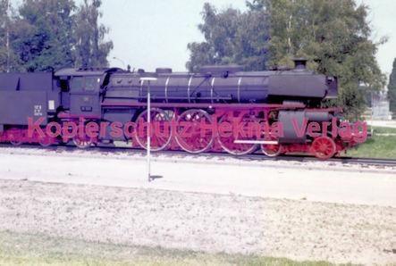 Offenburg Eisenbahn - Ausbesserungswerk - Lok Nr. 18 323 - Bild 5