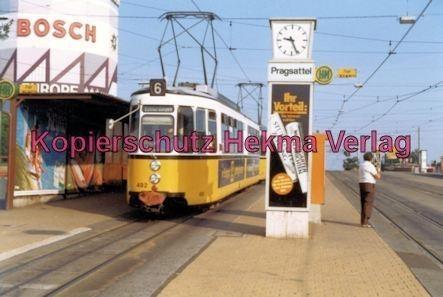 Stuttgart Straßenbahn - Haltestelle Pragsattel - Linie 6 Wagen Nr. 492 - Bild 1