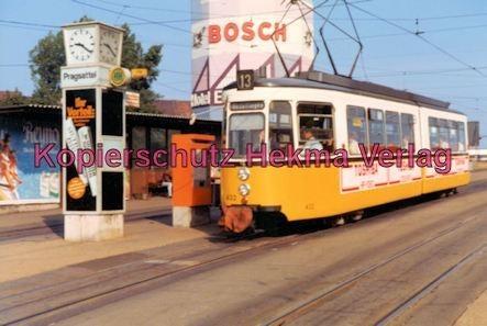 Stuttgart Straßenbahn - Haltestelle Pragsattel - Linie 13 Wagen Nr. 432