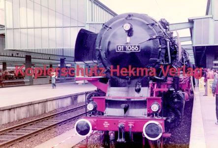 Stuttgart Eisenbahn - BDEF e.V. Tagung in Stuttgart - Stuttgart Hbf. - Lok Nr. 01 1066 - Bild 1