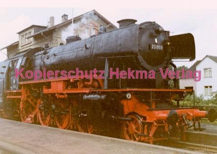 Godramstein/Pfalz Eisenbahn - Bahnhof Godramstein - Lok 23 059 - Bild 1