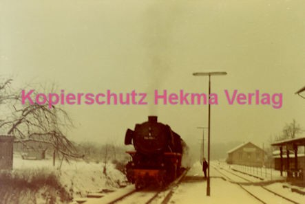 Godramstein/Pfalz Eisenbahn - Bahnhof - Lok 23 055, Lok 044 374-7 und Lok 23 068 - Bild 8