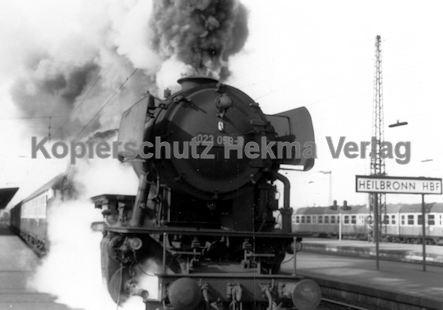 Heilbronn Eisenbahn - Bahnhof Heilbronn - Lok 023 059-9 - Bild 1