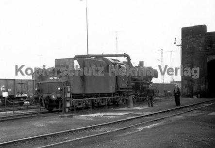Mannheim Eisenbahn - Bahnbetriebswerk Mannheim - Lok 056 731-8