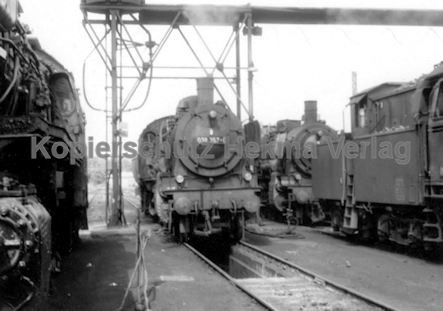 Tübingen Eisenbahn - Bahnbetriebswerk - Lok 038 357-0