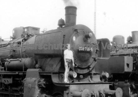 Tübingen Eisenbahn - Bahnbetriebswerk - Lok 038 769-6