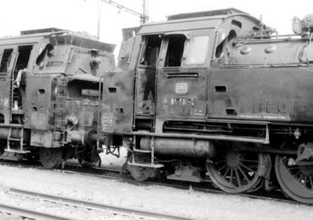 Tübingen Eisenbahn - Bahnbetriebswerk - Lok 064 518-4