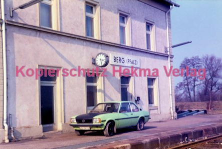 Berg Pfalz Eisenbahn - Bahnhofsgebäude