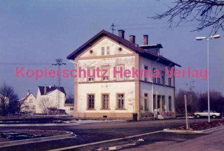 Neuburg (Rhein) Eisenbahn - Bahnhofsgebäude