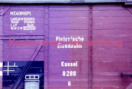 Wiesbaden Eisenbahn - Hauptbahnhof - Wagen historische Eisenbahn Kassel 8288