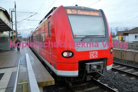Lingenfeld Eisenbahn - Bahnhof - Linie S4 - Zug 425 250-8