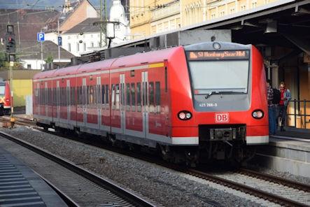 Neustadt Wstr. Eisenbahn - Hauptbahnhof Neustadt - S 1 - Zug 425 268-0