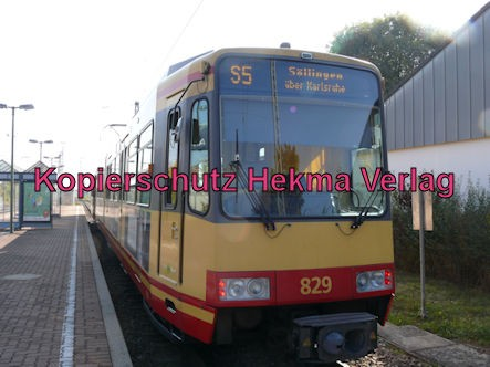 Karlsruhe Straßenbahn - Straßenbahn Wörth Alte Bahnmeisterei - S5 Zug 829