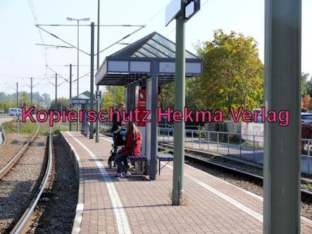 Karlsruhe Straßenbahn - Straßenbahn Wörth - Haltestelle Bienwaldhalle