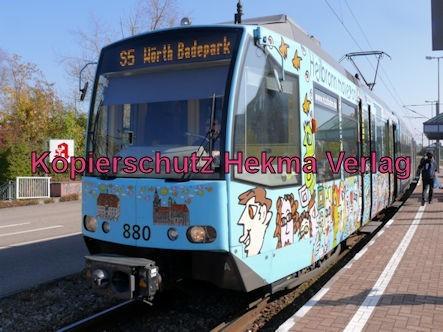Karlsruhe Straßenbahn - Straßenbahn Wörth - Haltestelle Bienwaldhalle - S5 Zug 880
