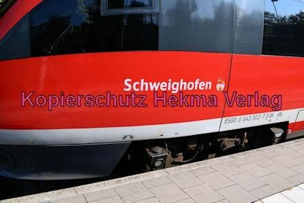 Karlsruhe Straßenbahn - Straßenbahn Wörth - Haltestelle Mozartstraße - Zug Schweighofen 643 (502) 513