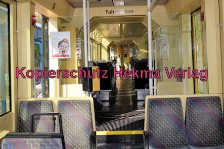 Karlsruhe Straßenbahn - Straßenbahn Wörth - Haltestelle Badepark (Endstation) - Wagen 869 Innenansicht