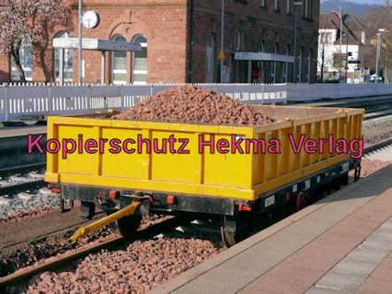Bad Bergzabern (Pfalz) Eisenbahn - Bahnhof Bad Bergzabern - Bau-Wagen mit Schotter