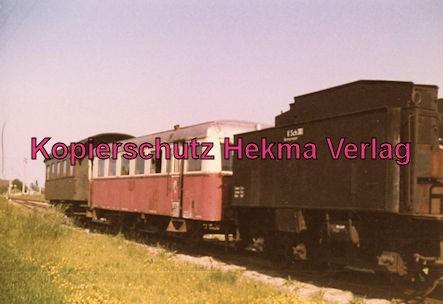 Kiel - Eisenbahn - Schönberger Strand - Personenwagen, Triebwagen VT und Schlepptender der als Sprengwagen benutzt wurde