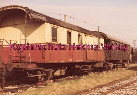 Württembergische Nebenbahn A. G. - Bahnhof Korntal - Personenwagen aus der Zeit des Dampfbetriebes
