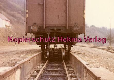 Möckmühlbahn Schmalspur-Eisenbahn - SWEG - Bahnhof Jagsthausen - Güterwagen auf Röllböcke