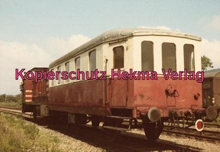 Stadthagener Eisenbahngesellschaft - Bahnhof Rinteln-Nord - Diesellok mit Personenwagen