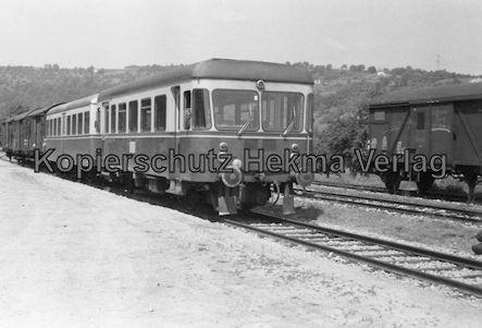 Untergröningen - Württembergische Eisenbahngesellschaft mbH. - Bahnhof Untergröningen - Trieb- und Personenwagen