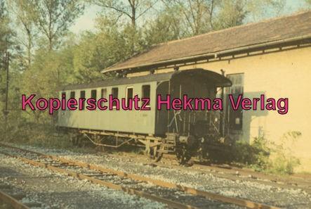 Südwestdeutsche Eisenbahngesellschaft Ettlingen - Strecke Bruchsal-Menzingen - Bahnhof Schatthausen - Letzter Wagen aus der Dampfzeit