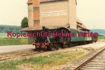 Almetalbahn - Bahnhof Sibbesse - Dampflok mit drei Wagen
