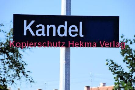 Eisenbahn Kandel (Pfalz) - Kandel Bahnhof - Bahnhofsschild