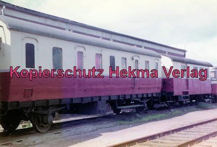 Bahnhof Bruchhausen-Vilsen - Personenwagen der ehemaligen Verkehrsbetriebe Grafschaft Hoya