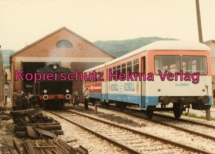 Tälestalbahn Nürtingen-Neuffen- Sofazügle - Bahnhof Neuffen - Lokschuppen und Lok 11